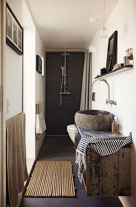 schmalle-badezimmer-naturlicher-atmosphare