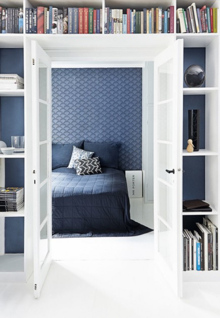 Schöne blaue Tapete im Schlafzimmer Kasper | Wohnideen einrichten