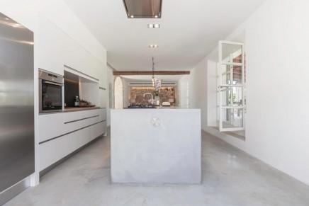 schone-renovierte-mediterranse-einfamilienhaus (1)
