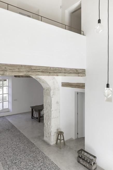 schone-renovierte-mediterranse-einfamilienhaus (10)