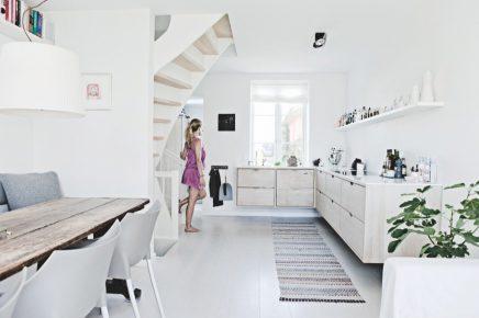 sch ne schwebende k che christina und claus wohnideen. Black Bedroom Furniture Sets. Home Design Ideas
