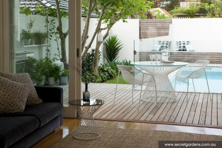 Emejing Schoner Garten Mit Pool Gallery - New Home Design 2018 ...