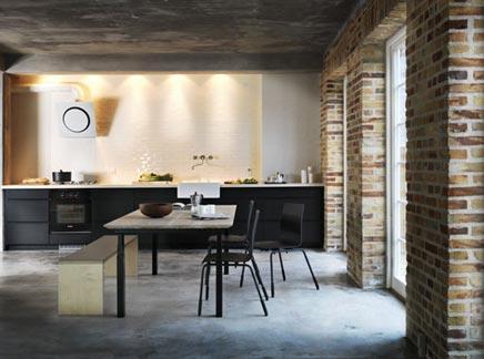 Schwarz industrielle küche