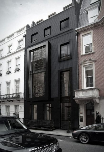 schwarze fassade wohnideen einrichten. Black Bedroom Furniture Sets. Home Design Ideas