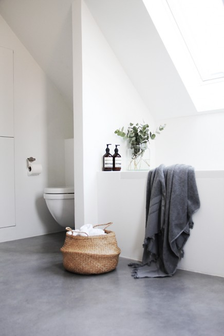 Serene badezimmer von innenarchitekt elizabeth wohnideen for Badezimmer innenarchitekt