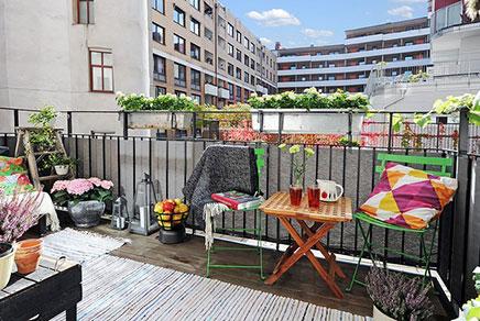 Sonnige und gemütliche Balkon
