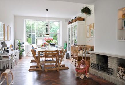 spielecke im wohnzimmer wohnideen einrichten. Black Bedroom Furniture Sets. Home Design Ideas