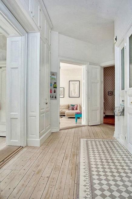 berlauf von fliesen und holzb den wohnideen einrichten. Black Bedroom Furniture Sets. Home Design Ideas
