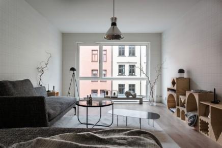 Vollständige moderne Wohnzimmer mit schöne Tapete ...
