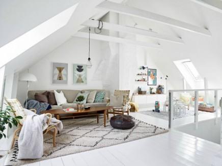Weiss Wohnzimmer Im Dachgeschoss