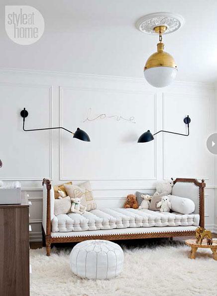 wei e babyzimmer f r einen jungen wohnideen einrichten. Black Bedroom Furniture Sets. Home Design Ideas