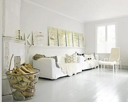 Weiße sommerlich Wohnzimmer