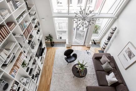 wohnzimmer-funf-meter-hohen-decke (1)