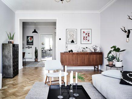 wohnzimmer-mit-einer-mischung-aus-skandinavischen-und-vintage-mobel (7)