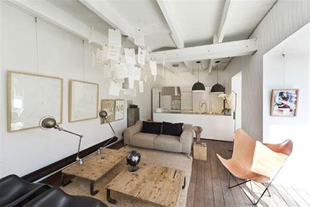 Wohnzimmer im Untergeschoss mit Gartenterrasse