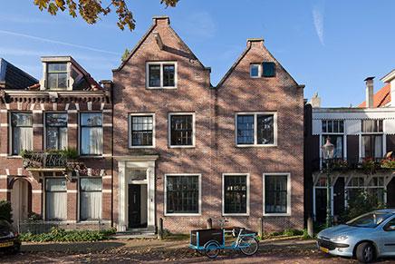 Zwei Häuser in ein zusammengeführten